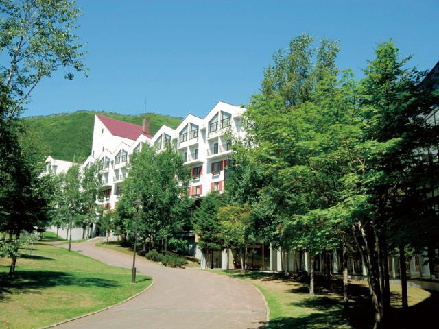ルスツリゾートホテル&コンベンション(ノース&サウスウイング)外観